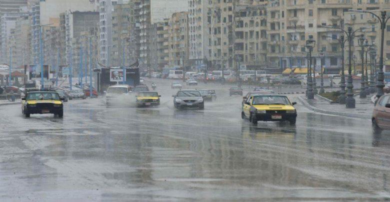 أمطار رعدية وانخفاض شديد في الحرارة الأربعاء