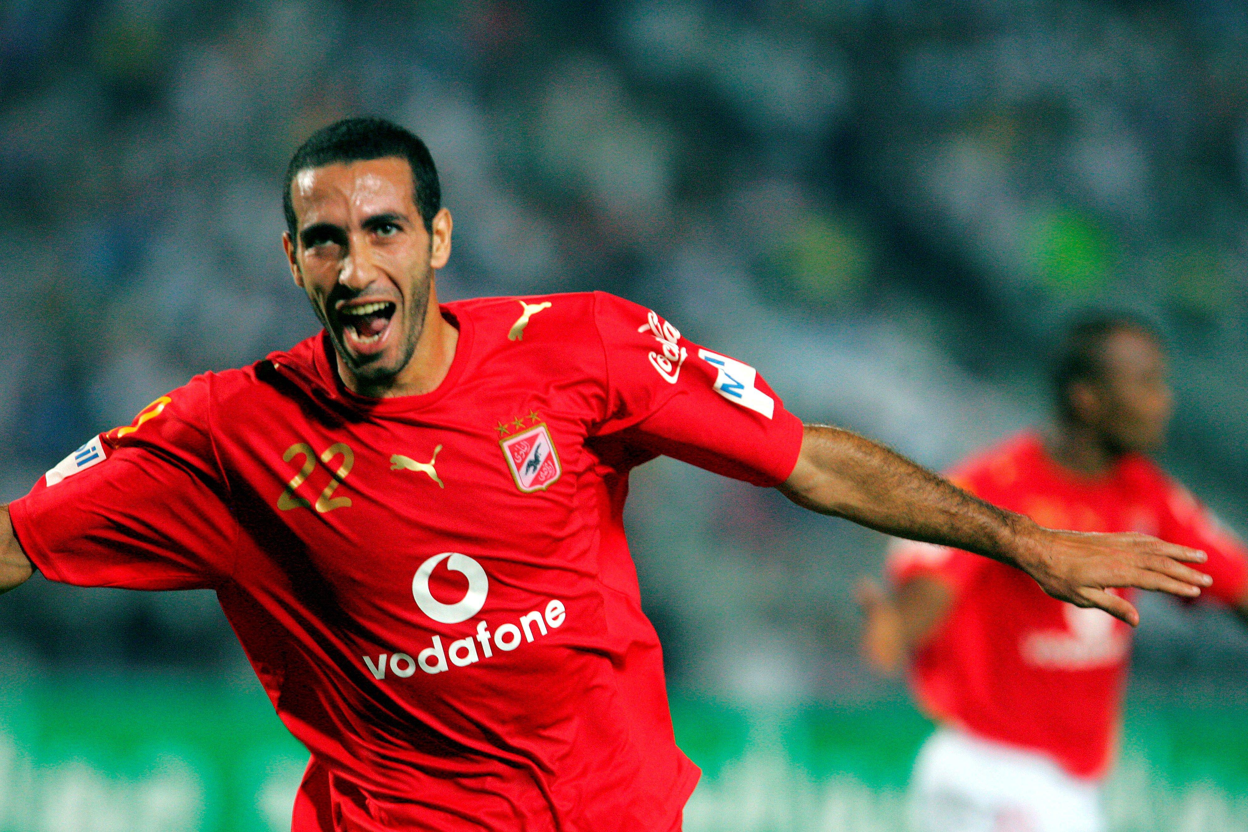«الفيفا» يعلن محمد أبو تريكة أفضل لاعب مصري في التاريخ