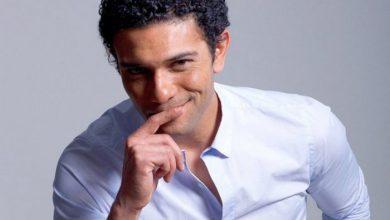 قبلة أسر ياسين لزوجته تشعل مواقع التواصل