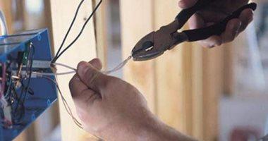 مصرع عامل صعقًا بالكهرباء