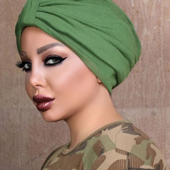 «ملكة الإغراء» شقيقة هيفاء وهبي تثير الجدل بعد ارتدائها الحجاب