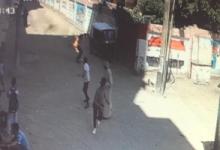 معلم يشعل النار في نفسه ويقتحم المدرسة بسبب حماته في سوهاج