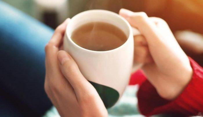 «ستشربها يوميًا في الشتاء».. 5 مشروبات تمنح الدفء وتحافظ على وزن صحي
