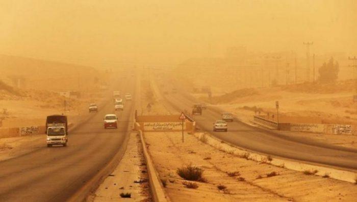 هيئة الأرصاد الجوية تحذر من طقس الـ72 ساعة القادمة.. «البسوا تقيل الشتا بدأ»