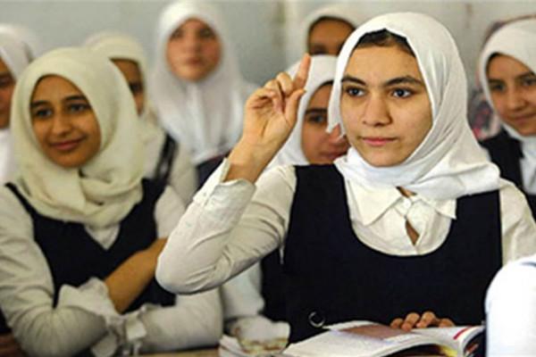 «عايزة أشوفك زي ما ولدتك أمك».. التفاصيل الكاملة لتعرية طالبة في مدرسة إعدادية بمصر