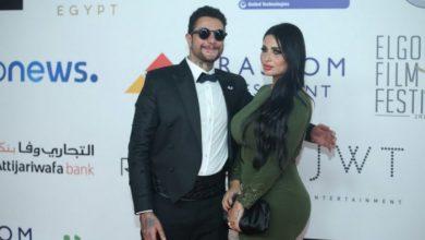 أحمد الفيشاوي ينشر صورة جديدة بصحبة زوجته