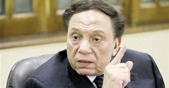 هل تسبب عادل إمام في استقالة رئيس نادي الزمالك من القضاء .. تعرف على الحقيقة