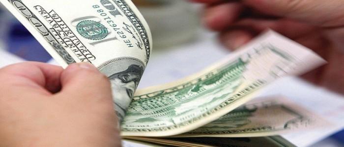 سعر الدولار اليوم الثلاثاء في البنوك الحكومية والخاصة