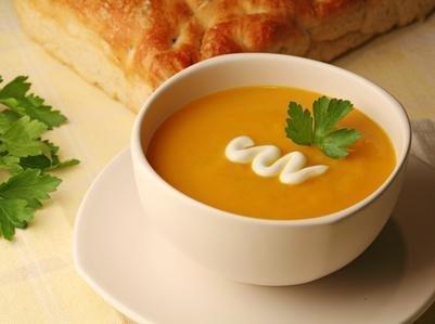 الوقاية من اضطرابات المعدة.. تعرف على فوائد الشوربة على الإفطار