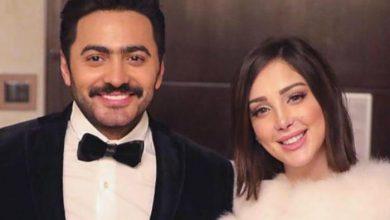 """شاهد .. تامر حسني وزوجته على خطى عمرو دياب ودينا الشربيني ومتابعوهم : """" نفس الملابس""""."""