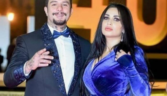 تدوينة مبهمة لـ ندى الكامل والجمهور يتسأل : هل طلق أحمد الفيشاوي زوجته