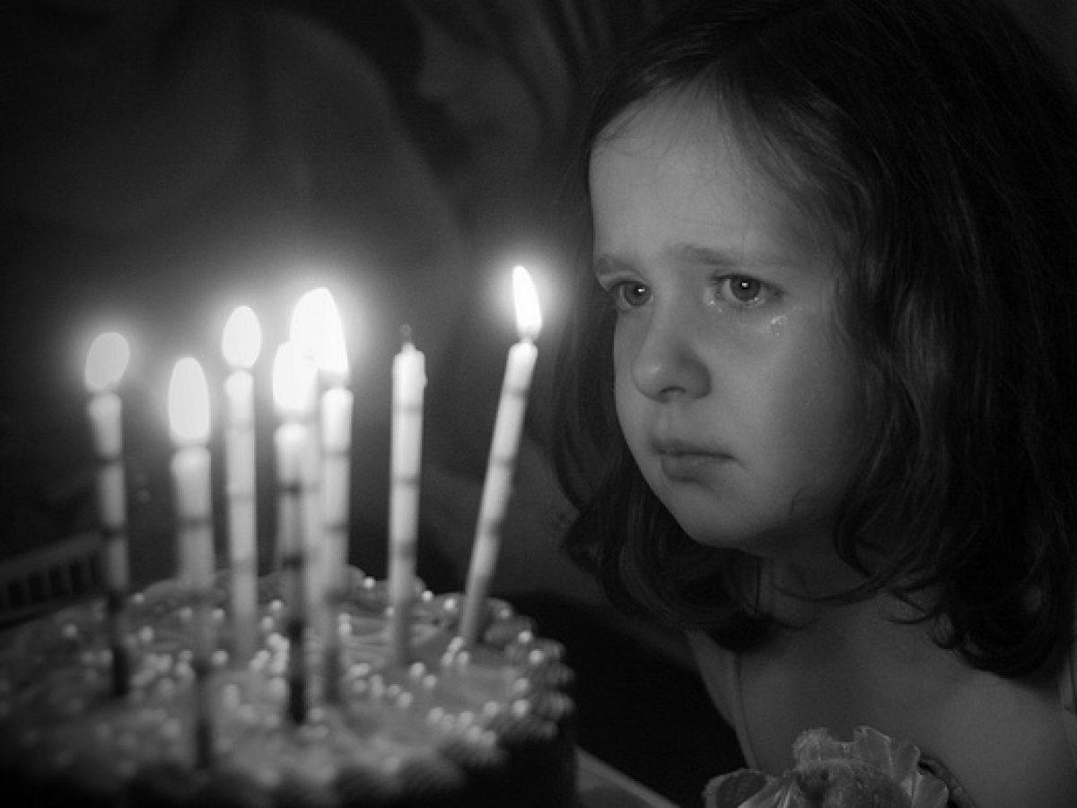 خواطر عيد ميلاد حزينه   لقطات